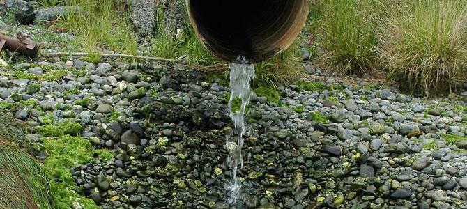 Pulire l'acqua con un depuratore